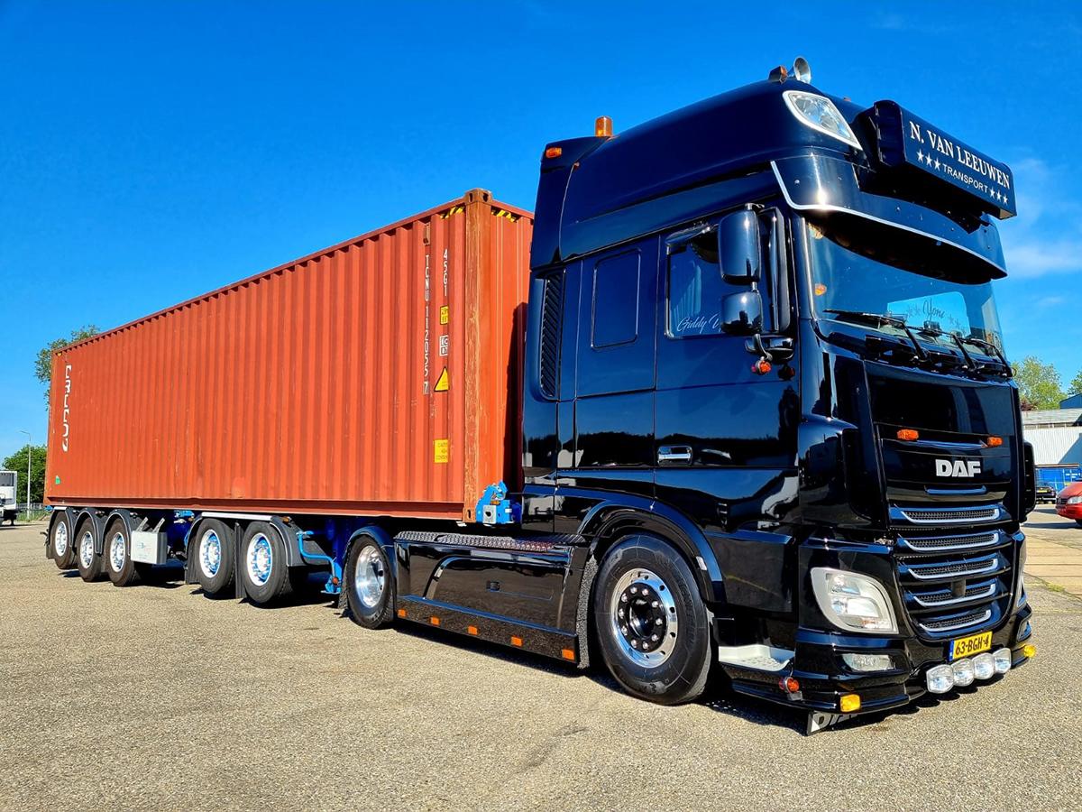 N. van Leeuwen Transport