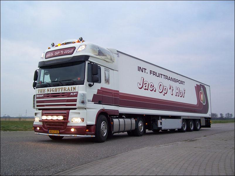 Internationaal Fruittransport Jac. op \'t Hof