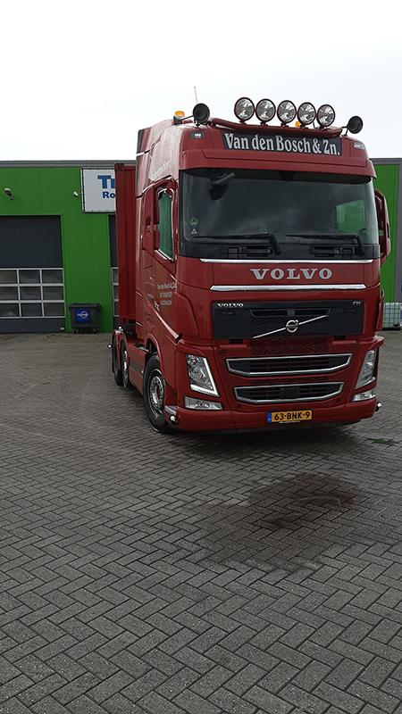 Van den Bosch & Zn