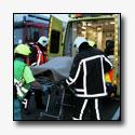 Ambulance met patient komt in botsing met auto