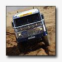 Technische keuring Dakar-voertuigen gestart
