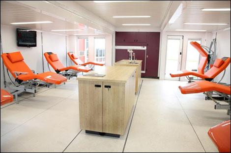 Transport Online Transportnieuws Transport Online Volvo Levert Drie Mobiele Bloedbanken