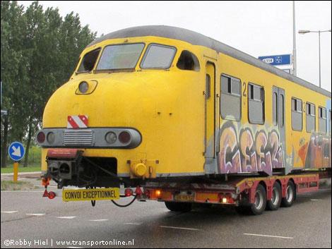 Transport Online Oude Boxer Trein Op Transport Foto S