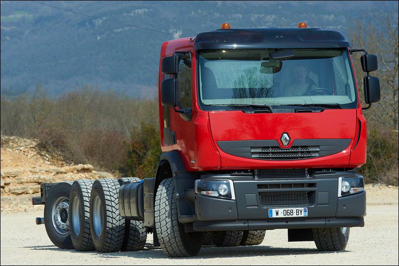 transport online transportnieuws transport online renault trucks lanceert de 8x4 4. Black Bedroom Furniture Sets. Home Design Ideas