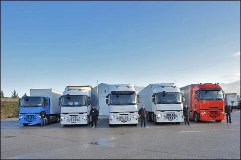 transport online transportnieuws transport online renault trucks lanceert volledig nieuw. Black Bedroom Furniture Sets. Home Design Ideas