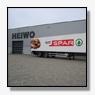 Heiwo levert Peter Appel 43 groene SPAR opleggers en 6 bakwagens