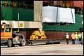 Eerste dubbeldekker tram per vrachtschip aangekomen op Aruba [+foto's]