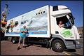 Scheveningse transportondernemer rijdt reclame voor de KNRM