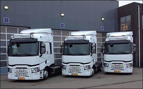 transport online transportnieuws transport online drie renault trucks t430 4x2 x low voor. Black Bedroom Furniture Sets. Home Design Ideas
