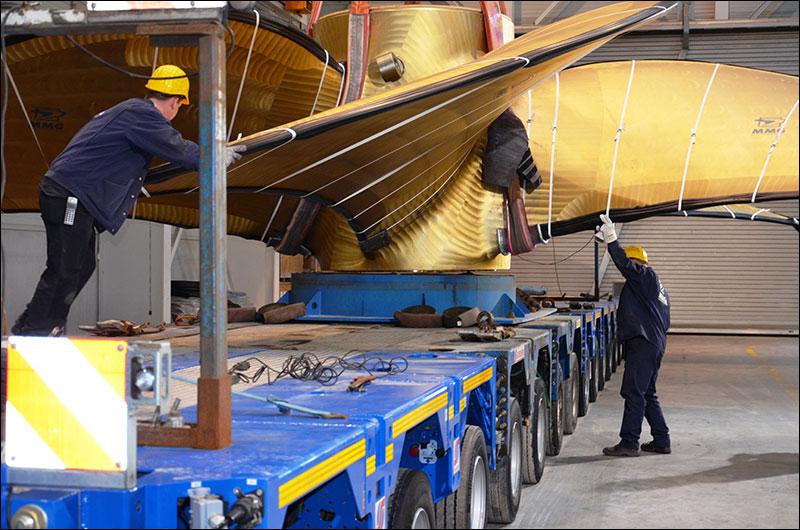 Transport online transportnieuws transport online e n van de grootste scheepsschroeven ter - Basket thuis van de wereld ...