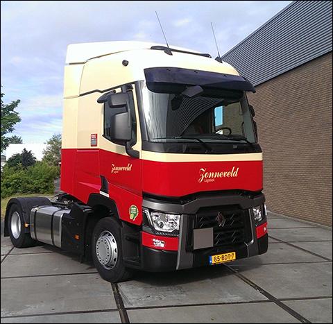 transport online transportnieuws transport online renault trucks t voor zonneveld. Black Bedroom Furniture Sets. Home Design Ideas
