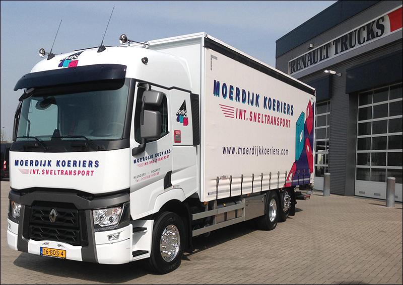transport online transportnieuws transport online nieuwe renault trucks t voor moerdijk. Black Bedroom Furniture Sets. Home Design Ideas