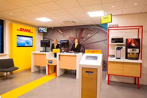 dhl express service Dhl is the global market leader in the logistics industry dhl commits its expertise in international parcel, express, air and ocean freight, road and rail transportation, contract logistics.