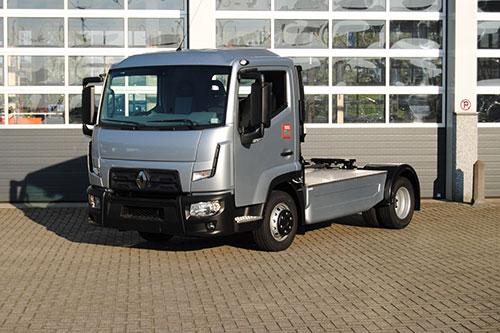 transport online transportnieuws transport online renault trucks d 2 0 trekker beleeft. Black Bedroom Furniture Sets. Home Design Ideas