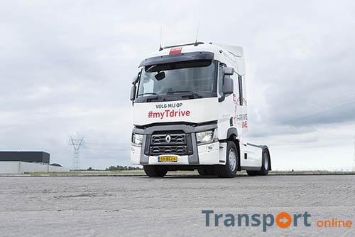 transport online transportnieuws transport online renault trucks showroom renault trucks. Black Bedroom Furniture Sets. Home Design Ideas