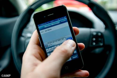 Guy stopt smsen na aansluiting Black dating diensten gratis