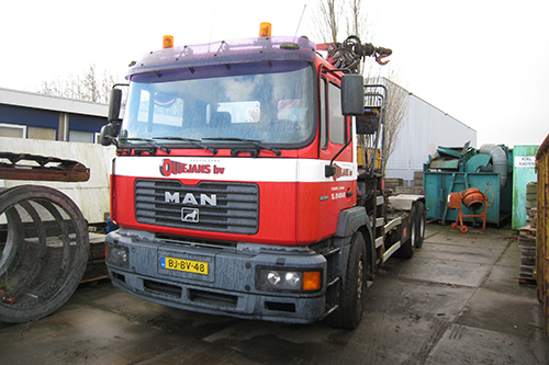 Transport online transportnieuws transport online for Vrachtwagen kipper met kraan