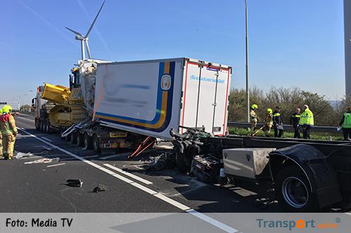 Grote vertraging op A29 door ernstig ongeval.