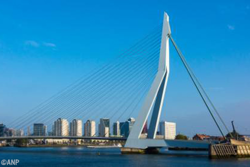 Transport Online | Transportnieuws | Transport Online - Erasmusbrug ...