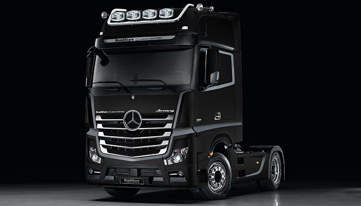 Mercedes-Benz presenteert de Actros RoadStars Carbon Edition