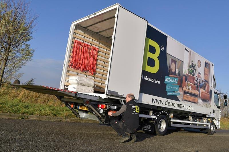 Meubels Nieuw Vennep : Transport online nieuwe daf lf voor de bommel meubelen