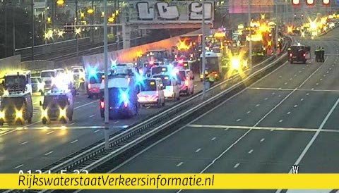 Bouwers stilgezet op A12, diverse arrestaties [+foto's]