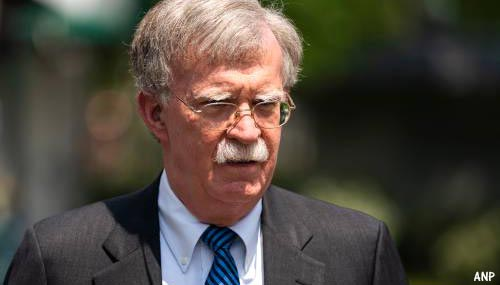 Noord-Korea: Bolton is 'oorlogsmaniak'