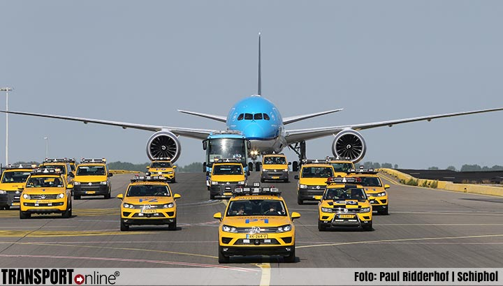 Eerste KLM Boeing 787-10 Dreamliner ready for take-off [+foto's]