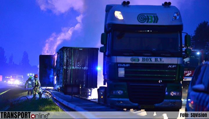 Trailer in brand op A2 [+foto]