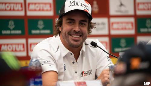 Alonso voedt geruchten over rentree in Formule 1