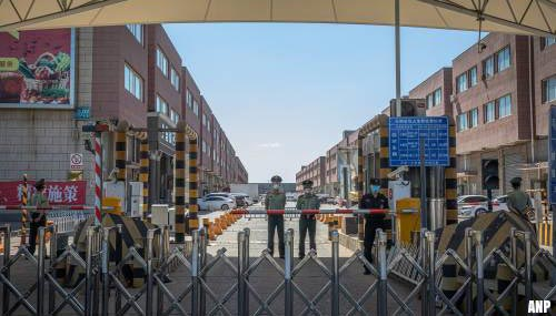 Tien extra woonwijken in Peking in lockdown