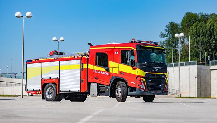 Nueva Cabina doble para Volvo FM y FMX, pueden viajar hasta nueve pasajeros.