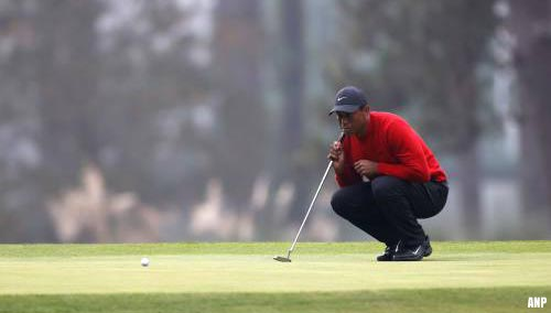 Golficoon Tiger Woods gewond door auto-ongeluk [+video]