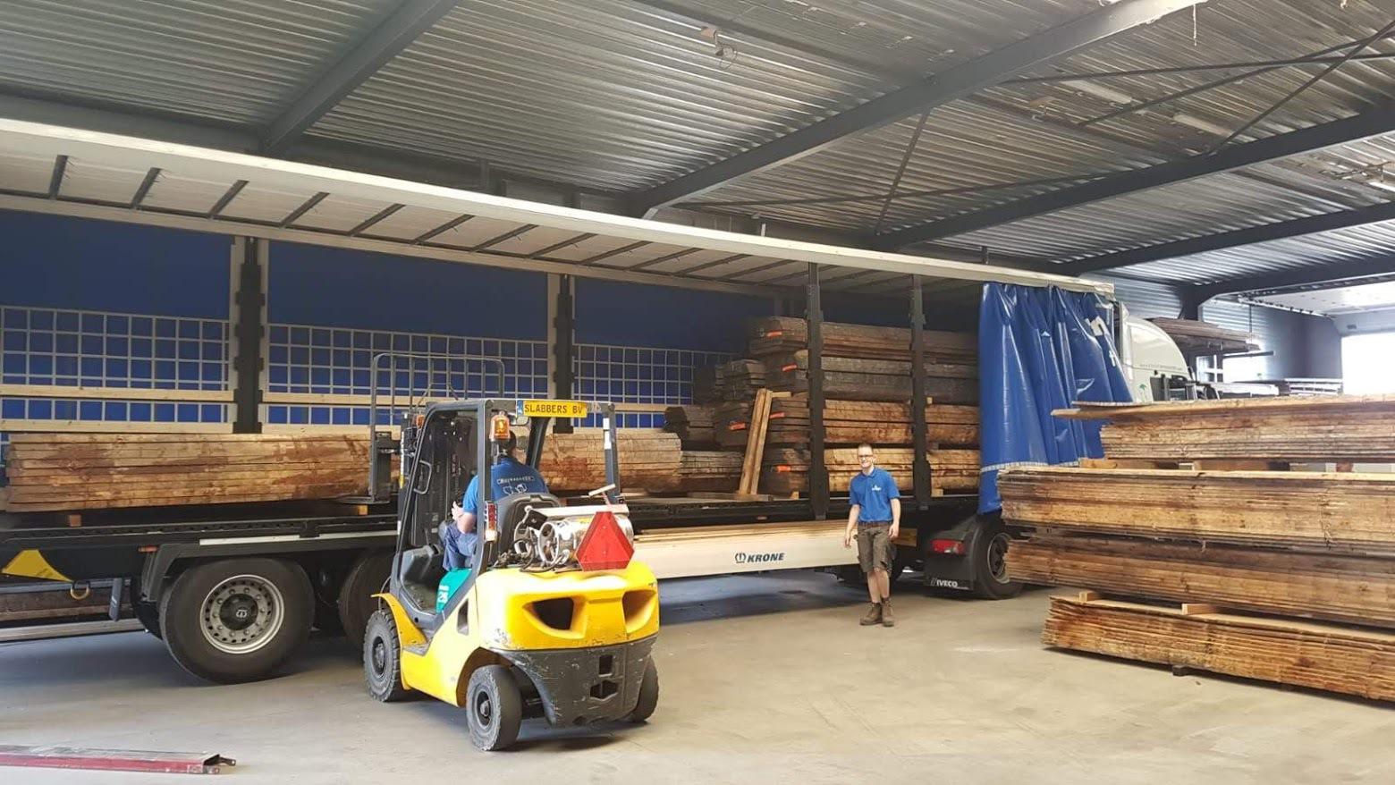 Transport eikenhout vanuit Frankrijk